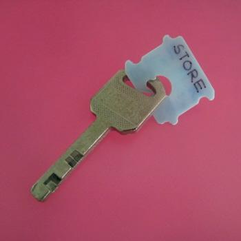 Bread Clip - Key Tag