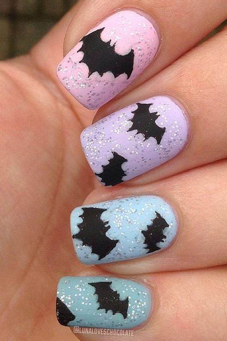 halloween nails bats