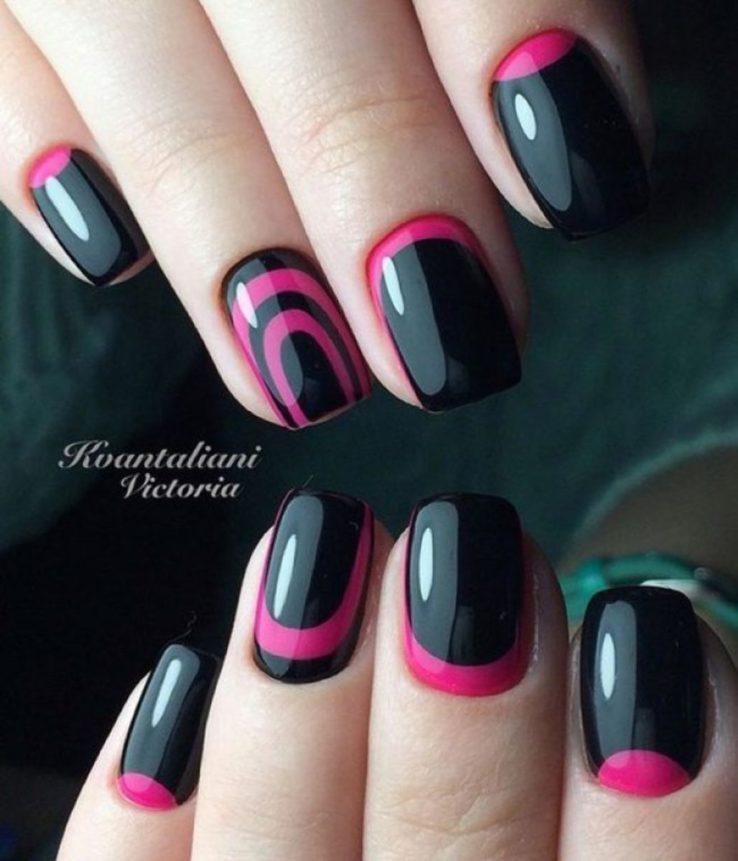 black and fuchsia nails